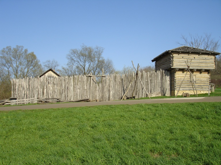 elizabeth_il_apple_river_fort2