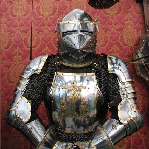 full-plate-armour-in-churburg-style-1