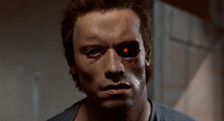 terminator-eye-surgery-arnold-schwarznegger1
