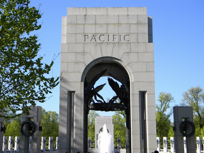 pacific_arch_wwii_mem_slideshow
